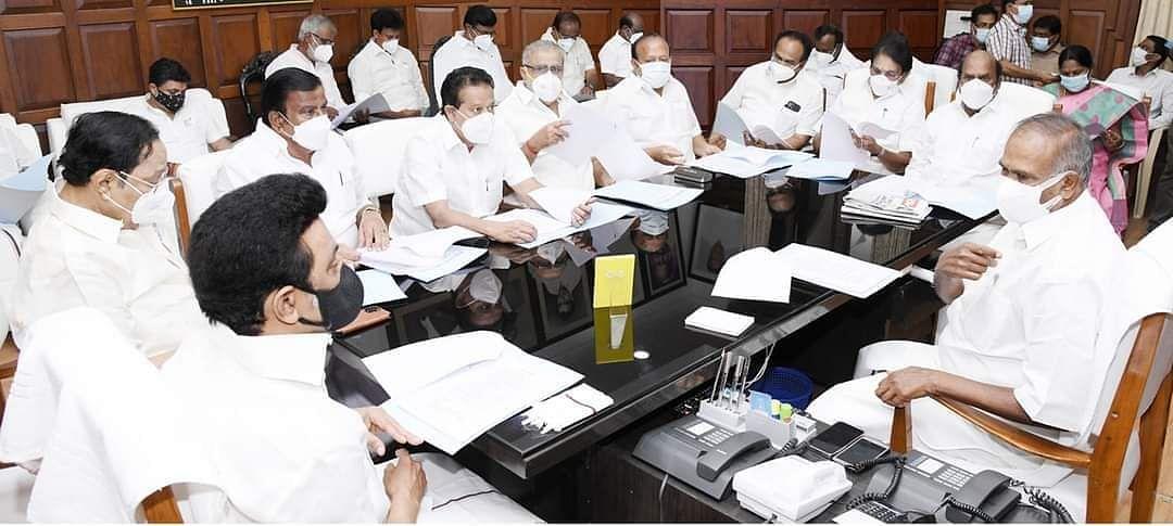 """""""உள்ளாட்சித் தேர்தல் எப்போது?"""" : அமைச்சர்கள், அதிகாரிகளுடன் முதலமைச்சர் மு.க.ஸ்டாலின் ஆலோசனை!"""