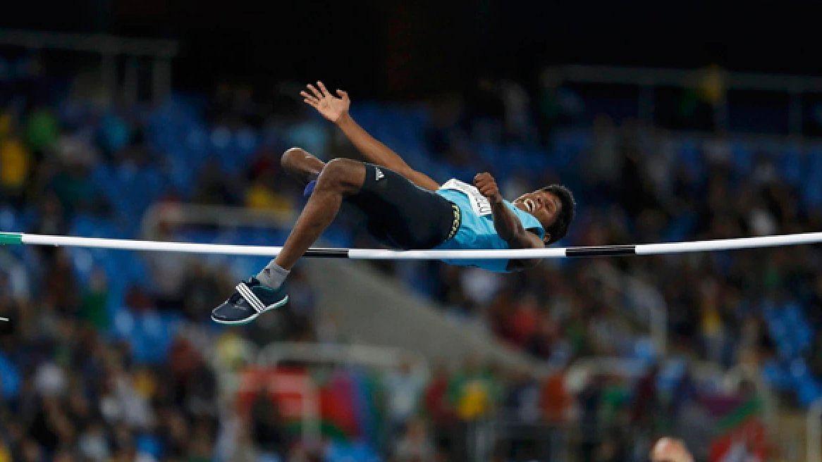 மாரியப்பன் எப்படி வெள்ளிப் பதக்கம் வென்றார்? : போட்டியில் நடந்தது என்ன? #Paralympics