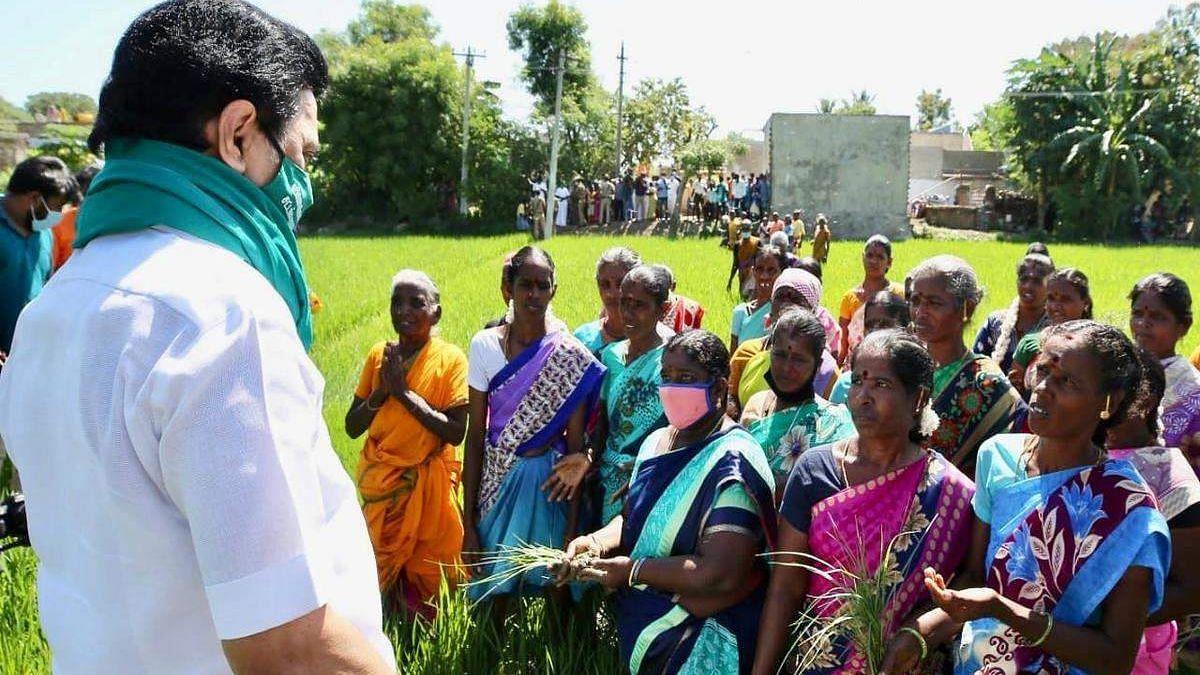 """""""18 ஆண்டுகளாக காத்திருந்த விவசாயிகள் வாழ்வில் ஒளியேற்றிய முதலமைச்சர்"""" - அமைச்சரின் அட்டகாச அறிவிப்பு!"""