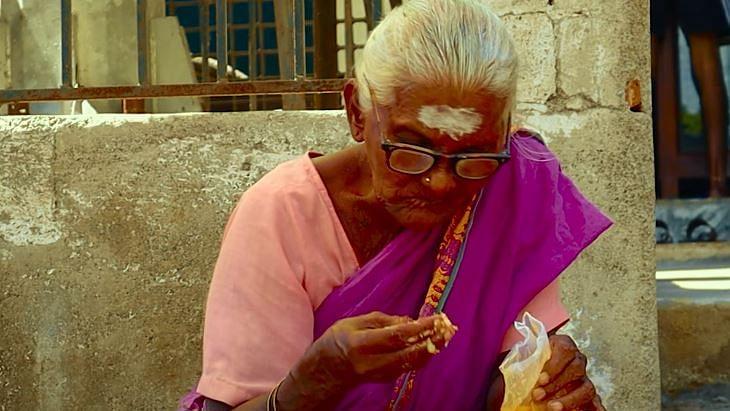 """""""நமக்கு சாதாரணமா தெரியுற விஷயம்.. ஆனா..."""" : நெகிழவைக்கும் குறும்படம்!"""