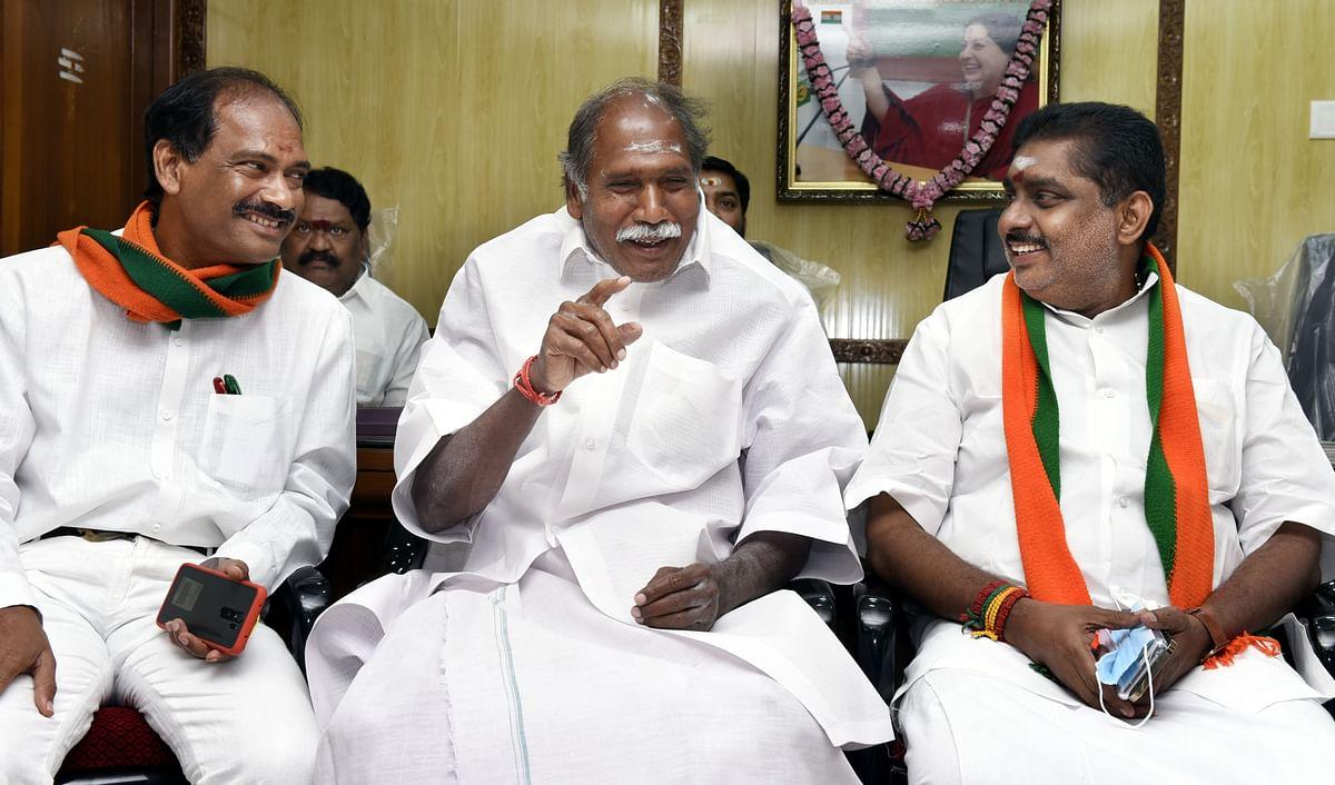 பாஜக தலைவர்களுடன் ரங்கசாமி