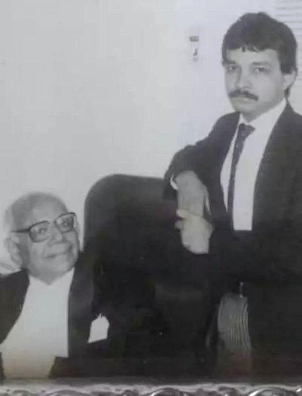 ராம் ஜெத்மெலானி - சதீஷ் மானேஷின்டே