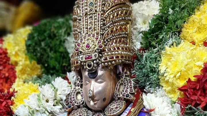 மதுரை மீனாட்சி அம்மன் கோயில் 3-ம் நாள் நவராத்திரி உற்சவம்