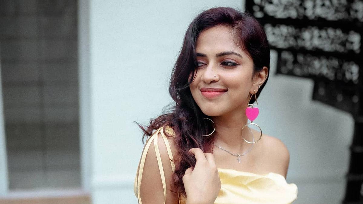 அமலா பால் - போட்டோ கேலரி