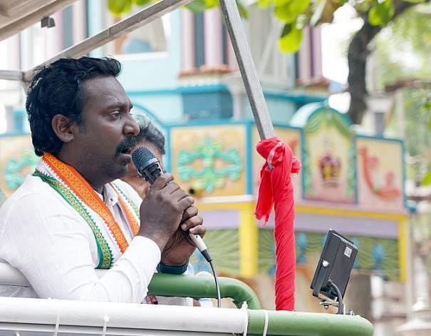 எலெக்ஷன் கார்னர்- வாக்களித்த பொன்னார்... வாங்கிக்கட்டிய வசந்த்!