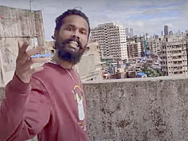 இசை வலம்: கரோனாவுடன் போட்டிபோடும் அதிகார வைரஸ்!