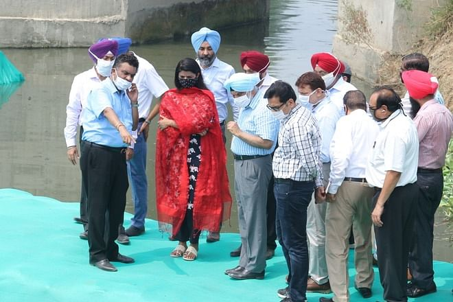 District administration officials inaugurate the first in-situ remediation project in Kapurthala.