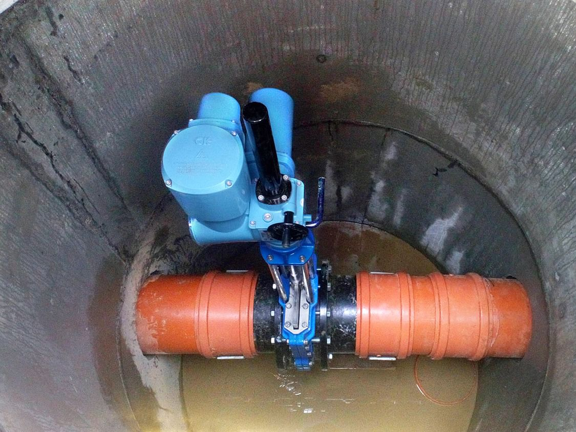 Electric actuators control rainwater storage of new road in Poland