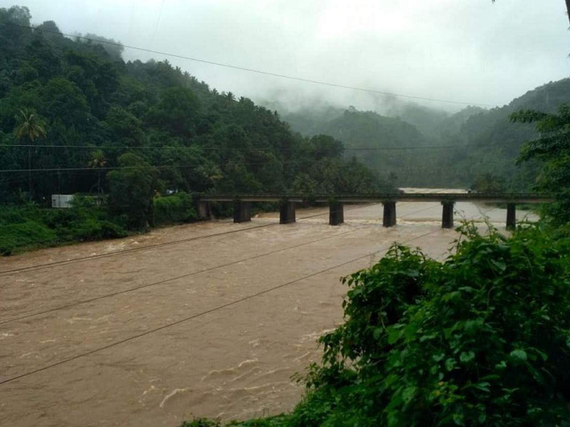 Jal Shakti Ministry reviews water-resources projects across nation