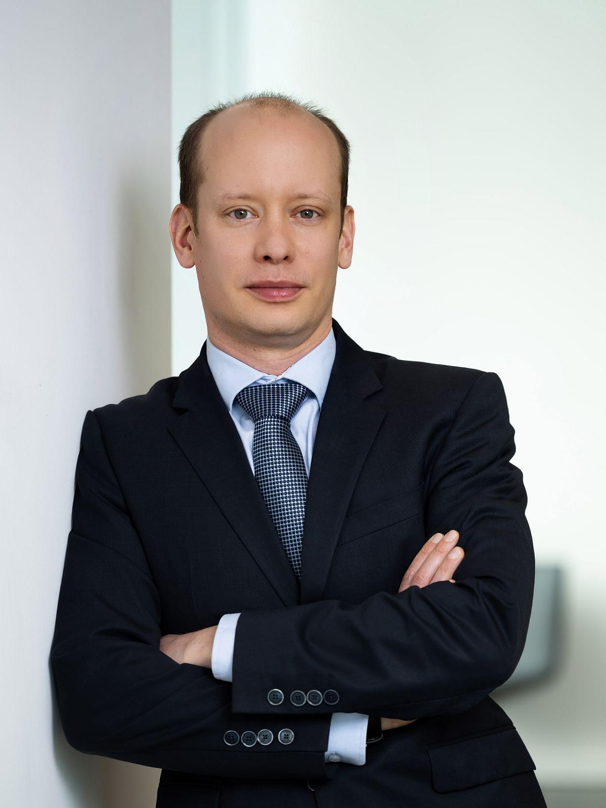 Dr. Stefan Neufeind