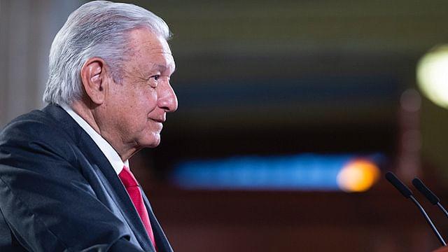 """Que vengan a Palacio Nacional""; AMLO llama a la CNTE a liberar vías en Michoacán"