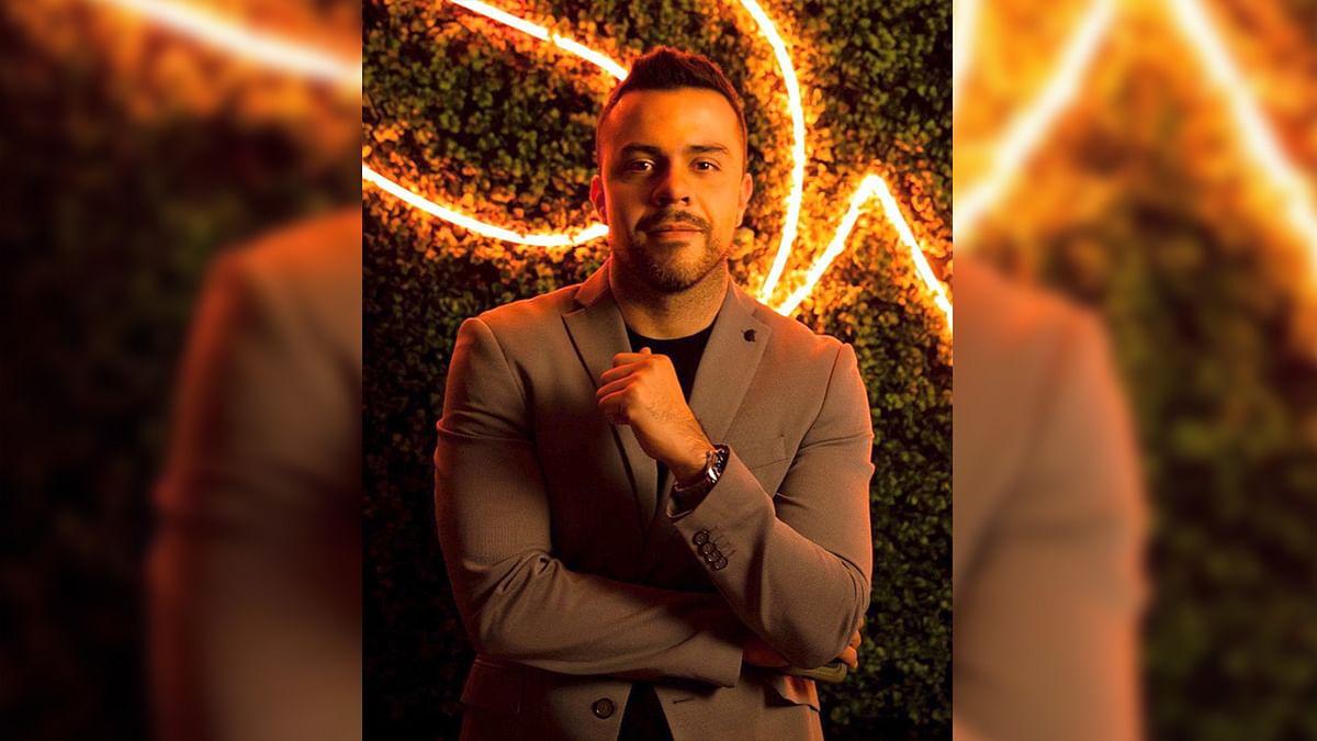 Oscar Martínez, consultor político digital michoacano, es nominado en Washington, DC.