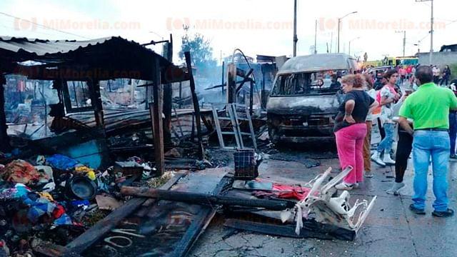 Más de 8 casas de madera y lámina, calcinadas por incendio en Morelia