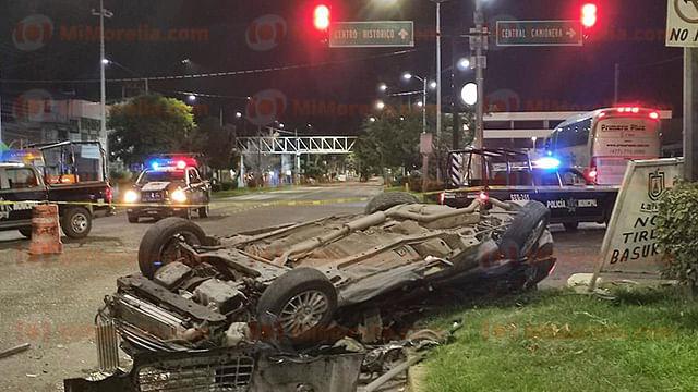 Tres muertos y un lesionado deja choque de auto y autobús en La Piedad
