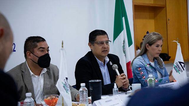 Se acabaron los moches y mordidas en la Administración Municipal: Nacho Campos