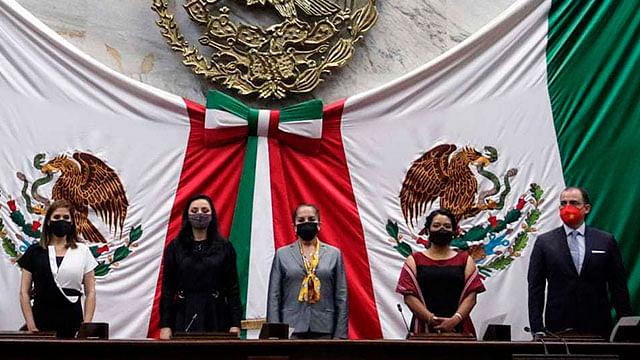 Por unanimidad, designan a Adriana Hernández presidenta de la Mesa Directiva del Congreso