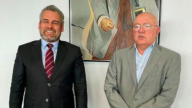 Acuerda Bedolla con ASF combatir la corrupción en Michoacán
