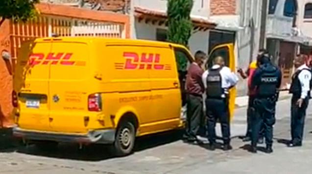 Atracan otra vez a DHL en Morelia; cuídate de esta camioneta [Video]