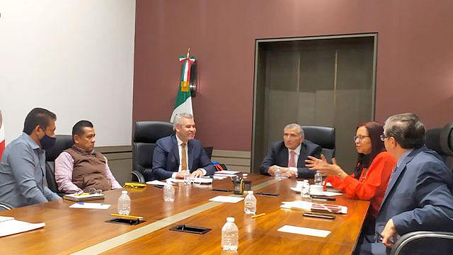 Silvano cuenta con 324 mdp enviados por  federación para pagar a maestros: Bedolla