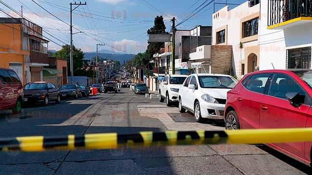 Asesinan a hombre frente a su hija de seis años, en Morelia