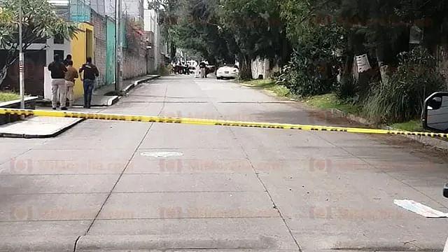 Asesinan a tiros a automovilista, en Morelia