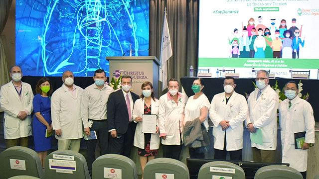 Por destacado desempeño, IMSS recibe reconocimientos del CENATRA