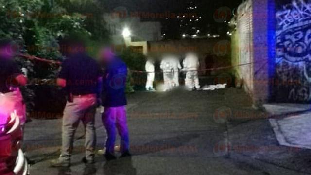 Hallan a mujer asesinada a balazos, en Morelia