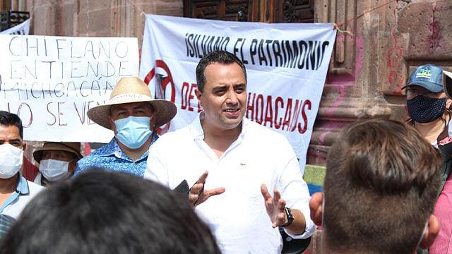 Morena liberará el Congreso de Michoacán pasada la media noche