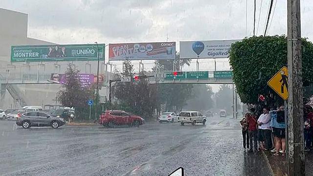 Seguirán las lluvias en Michoacán; onda tropical número 33, en la costa