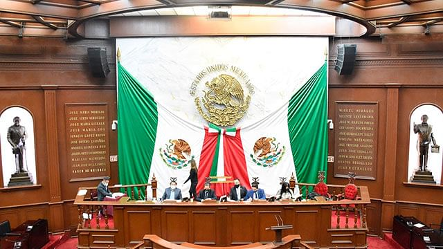 Autorizan diputados desincorporación de inmuebles al Ejecutivo estatal