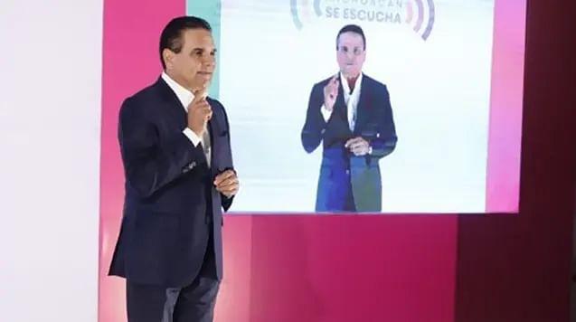 """Presenta Silvano queja en CNDH; """"es para protección de mis derechos"""", dice"""