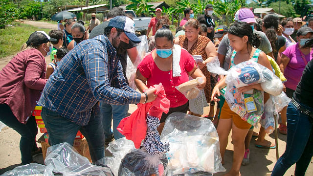 Familias afectadas por lluvias reciben 50 toneladas de víveres: Grisel Tello