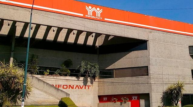 """Infonavit es ahora """"marca famosa""""; distintivo evitaría fraudes"""