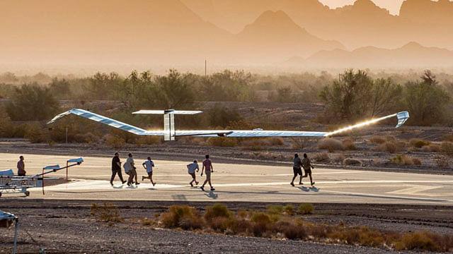 Prueban dron capaz de permanecer en el aire 18 días seguidos