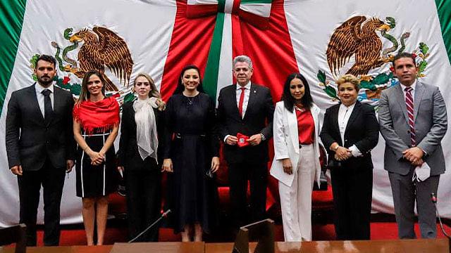 Presentan formalmente bancada parlamentaria del PRI en Michoacán