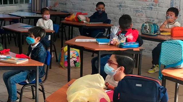 Regreso a las aulas obligatorio a partir del 11 y 18 de octubre en Michoacán