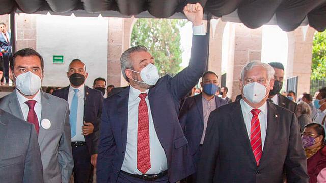 No habrá impuestos nuevos ni incremento de deuda pública, promete Bedolla
