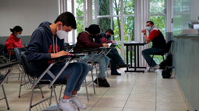 UMSNH alista regreso a clases presenciales