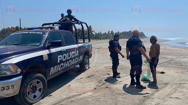 Localizan cuerpo putrefacto en playa de Lázaro Cárdenas