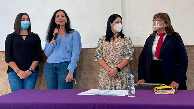 Zamora: Orientan a adultos mayores sobre la importancia de tener un testamento
