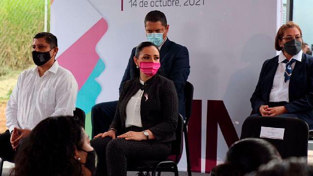 En Congreso fortaleceremos defensa de las mujeres: Adriana Hernández