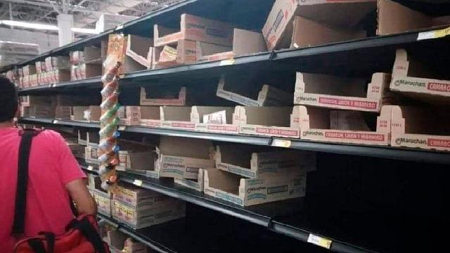 Supuesta cancelación de sopas instantáneas provoca compras de pánico