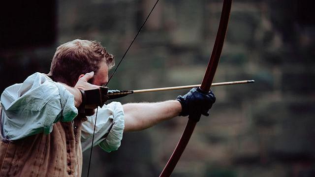 Sujeto mata a varias personas con arco y flecha, en Noruega