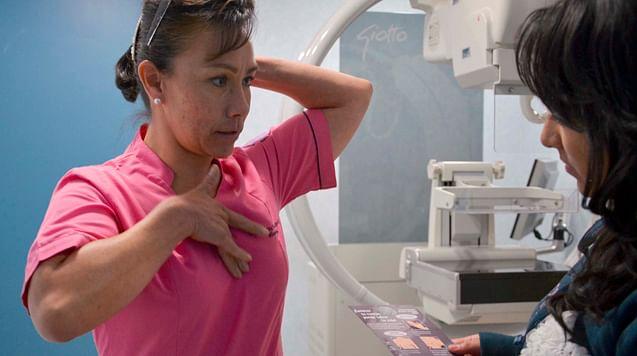 En Morelia, campaña contra cáncer de mama