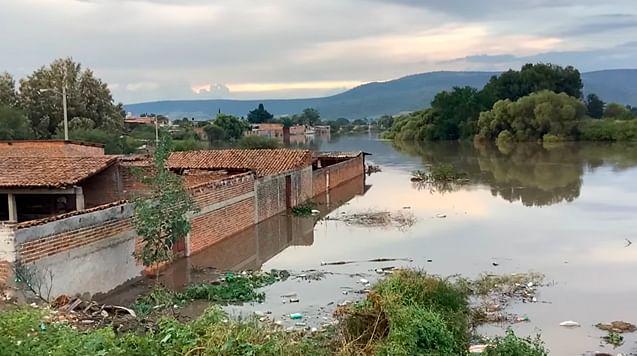 Bajío de Michoacán, en riesgo de inundaciones si siguen lluvias: PC