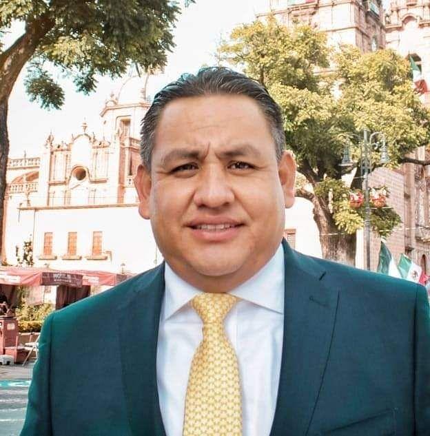 Víctor Manuel Manríquez, coordinador del Grupo Parlamentario del PRD