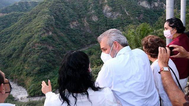 Conoce Alfredo Ramírez Bedolla proyecto turístico de San José Purúa