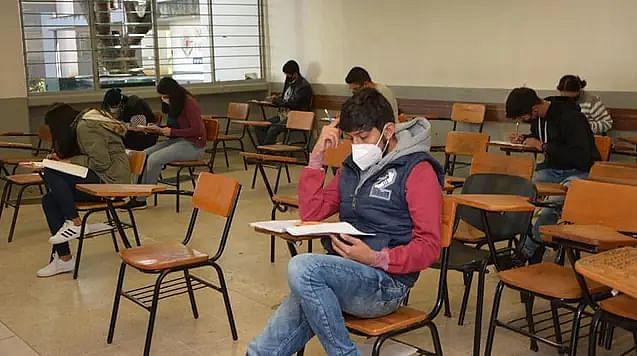 Regreso a las aulas en la UMSNH solo sería para educación superior