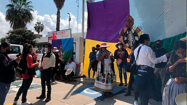 Comunidades indígenas de Michoacán se manifiestan para exigir vacuna anticovid