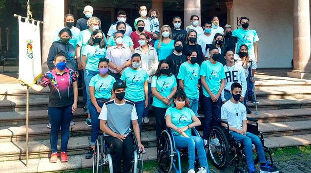 Abanderan a atletas michoacanos que participarán en Paranacionales Conade